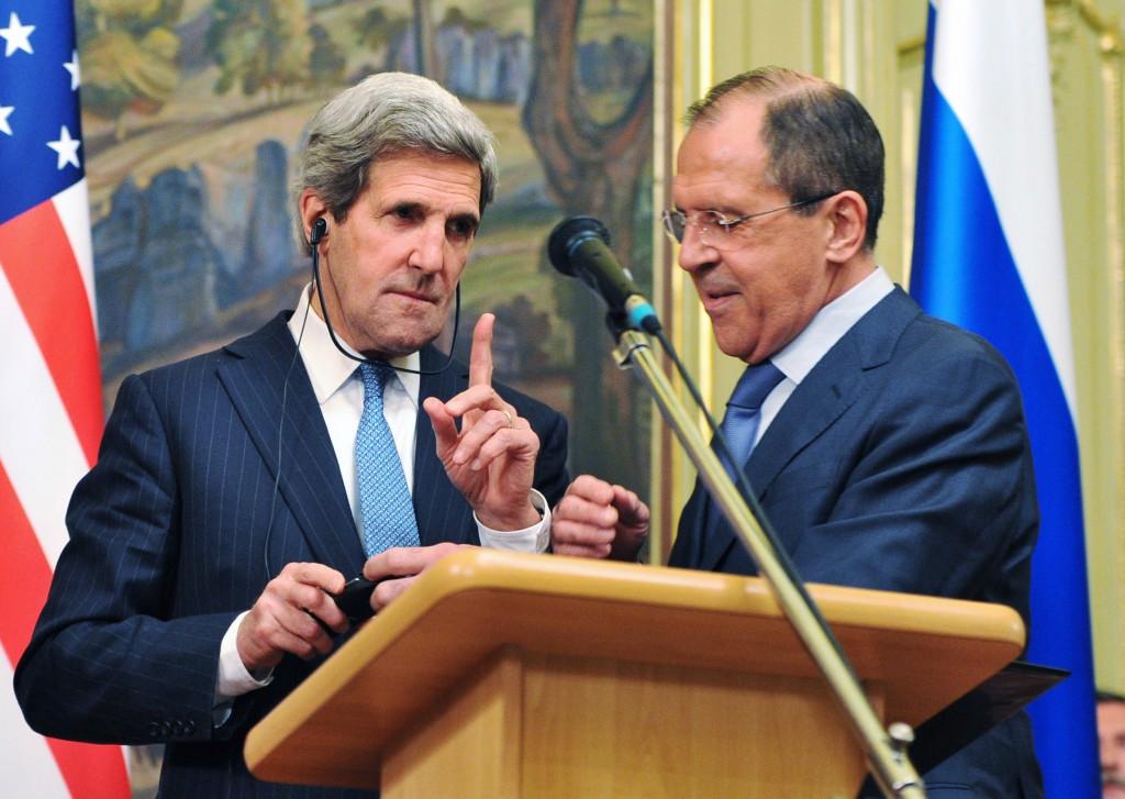 John  Kerry con Sergey Lavrov ©REUTERS/Mahmoud Hassano